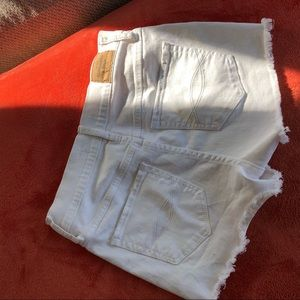 Abercrombie & Fitch Shorts - white high waisted shorts